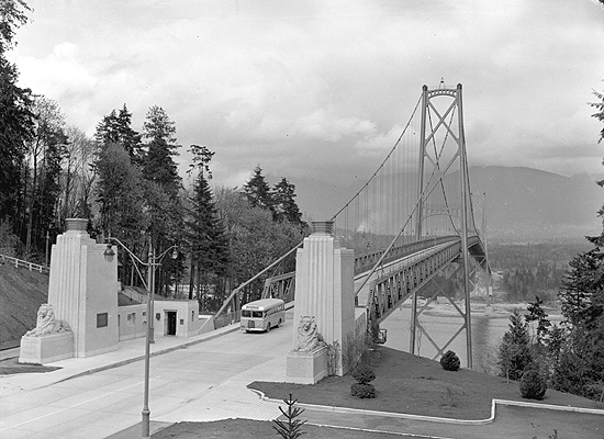Lions-Gate-Bridge-1940